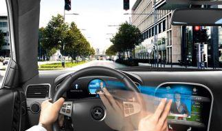 Winken und wischen - Die Gestensteuerung im Auto kommt (Foto)