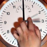 Uhren werden umgestellt - eine Stunde weniger Schlaf (Foto)