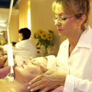 So können Mütter den Anschluss im Berufsleben halten (Foto)