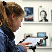Vor allem die werberelevante Zielgruppe im Alter von 14 bis 49 Jahren liest e-Books.