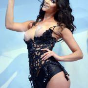 Busenstreit der Venus-Models: Wer hat die größeren Argumente? (Foto)