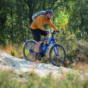 Kettler mixt bei neuem Pedelec-Modell Mountainbike und Stadtrad (Foto)