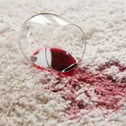 Haushaltsmythen auf der Spur: Welche Mittel helfen beim Putzen? (Foto)