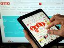 Beim Online-Shoppen via Tablet hakt es nicht nur in Sachen Bedienungsfreundlichkeit. Auch Kostenfallen lauern. (Foto)