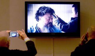 Ausstellung in Berlin:Ai Weiwei hofft auf Ausreise (Foto)