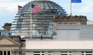 NSA-Untersuchungsausschuss will Snowden vorladen (Foto)