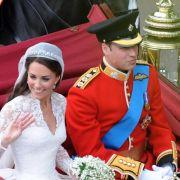 Royales Hochzeits-Kuchenstück kommt unter den Hammer (Foto)