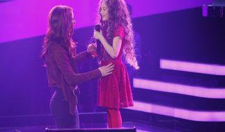 Wird Coach Lena Meyer-Landrut (li.) das größte Talent bei «The Voice Kids» finden? (Foto)