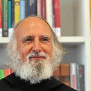 Pater Anselm Grün schreibt sechs Stunden die Woche (Foto)