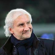 Völler will Leverkusens Trainersuche in Ruhe angehen (Foto)