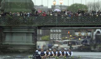 Ruder-Spektakel auf der Themse: Oxford besiegt Cambridge (Foto)