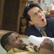 Im dritten und letzten Teil von «Rush Hour» lassen es Jackie Chan und sein Filmpartner erneut ordentlich krachen. Diesmal verschlägt es das Ermittlerduo nach Los Angeles und Hongkong.