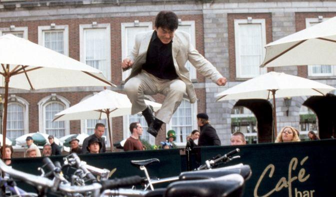 Als Superagent Eddie sorgte Superstar Jackie Chan in «Das Medaillon» im Oktober 2003 für volle Kinosääle. (Foto)