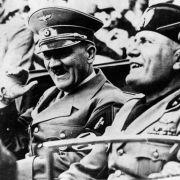 Hitler hatte fast keine Zähne! (Foto)