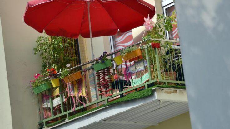 wohnen von nacktsonnen bis rauchen was mieter auf dem balkon d rfen. Black Bedroom Furniture Sets. Home Design Ideas