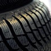 Infos zu Reifenwechsel, Bußgeldern, Testsiegern (Foto)