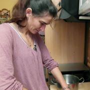 Biljana (41) lebt das einfache und glückliche Leben der Hausfrau und Mutter.