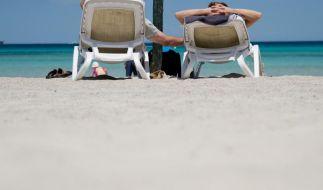 Ferienzeit ist Urlaubszeit. Doch nicht für jeden Urlauber bedeutet dies Entspannung. Fast 54 Millionen deutsche Reisende sind in den Ferien genervt. (Foto)