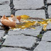 Mit einem Heringsbegräbnis haben die Bulgaren nichts zu tun. Hier heißt es über Oster nur: Möge der beste Gewinnen. Eine Eierschlacht entscheidet unter den Familienmitgliedern darüber, wer im nächsten Jahr am meisten Erfolg hat.