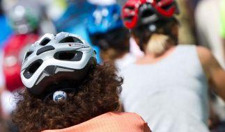 Glaubensfrage Fahrrad-Helm - Mit oder ohne Schutz radeln? (Foto)