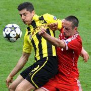 Duell der Superstars: Robert Lewandowski gegen Franck Ribéry.