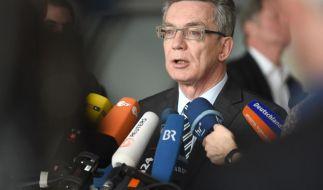Bundesregierung will mögliche Snowden-Vernehmung «sorgfältig prüfen» (Foto)