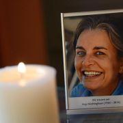 Hunderte Menschen bei Trauerfeier für getötete Fotografin (Foto)