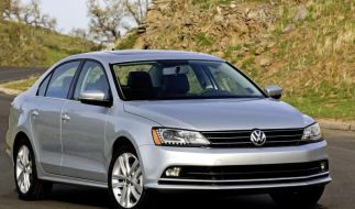 VW verpasst dem Jetta ein Facelift (Foto)