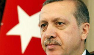 Türkischer Premierminister Erdogan will Schwulengefängnisse bauen lassen. (Foto)