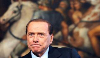 Silvio Berlusconi muss ins Altenheim. (Foto)