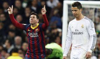 Das ewige Duell der besten Fußballer: Lionel Messi (li.) gegen Cristiano Ronaldo (re.). (Foto)