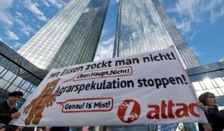 Deutsche Bank hört Kritiker der Agrarspekulation an (Foto)