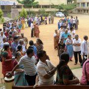 Größter Wahltag in Indien (Foto)