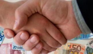 Spare mit dem Chef: Vermögenswirksame Leistungen lohnen sich (Foto)
