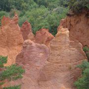 Skurrile Felsformationen im «Colorado von Rustrel»