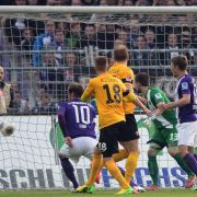 Aue feiert Klassenerhalt: 2:0-Sieg gegen Dresden (Foto)