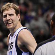 Nowitzki & Co. verspielen Platz sieben: Duell mit Spurs (Foto)