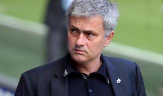 Mourinho verspottet Referee: «unglaubliche Leistung» (Foto)
