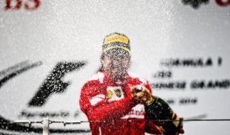 Alonso zeigt neuem Chef die kalte Schulter (Foto)