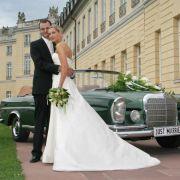 Im Traumwagen zum Standesamt - Das besondere Hochzeitsauto finden (Foto)