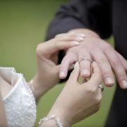 Auch er soll gut aussehen: Pflegetipps für den Bräutigam (Foto)