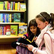 Verschenk-Aktion zum Welttag des Buches (Foto)