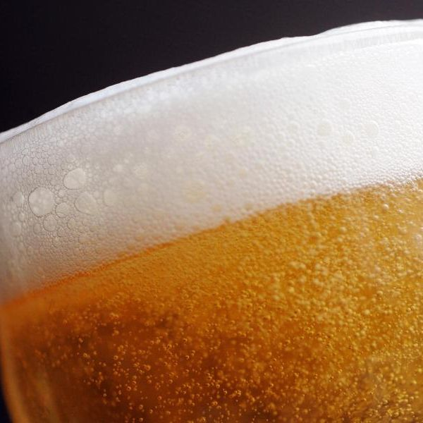 Licht im Dunkel der Alkohol-Mythen (Foto)