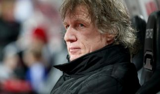 Aus für Verbeek: Achter Trainerwechsel der Saison (Foto)