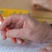 Geistig fit bleiben - Senioren sollten sich neues Thema suchen (Foto)