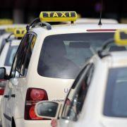 Am Taxistand parken kann teuer werden (Foto)