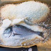 Im Aromasafe - Garen in Salzmantel und Salzteig ist nicht schwer (Foto)