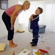 Ganz schön tricky! So bringt eine Mama ihre Kids zum Putzen (Foto)