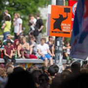 Tausende Demonstranten verhindern NPD-Demo (Foto)