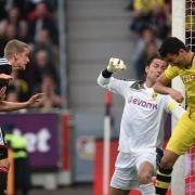 Bayer auf Kurs Champions-League-Quali: 2:2 gegen BVB (Foto)